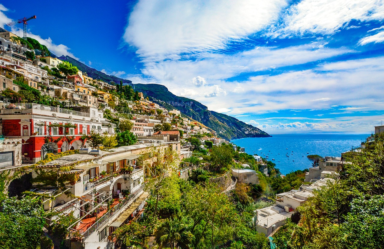 If you're looking for endless vistas of postcard prettiness, the Amalfi Coast is for you.