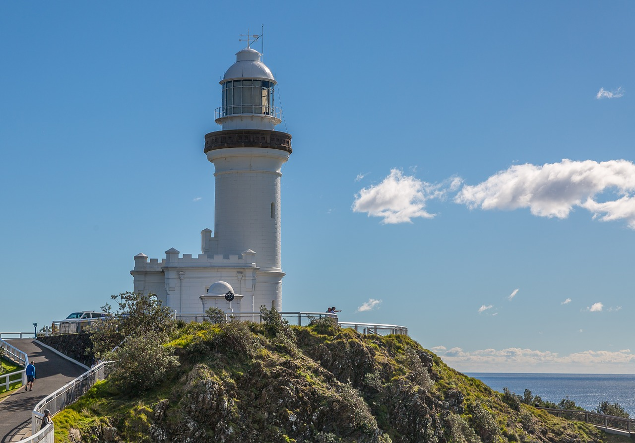 Byron Bay is full of trendy restaurants, cutting-edge boutiques and a thriving arts scene.