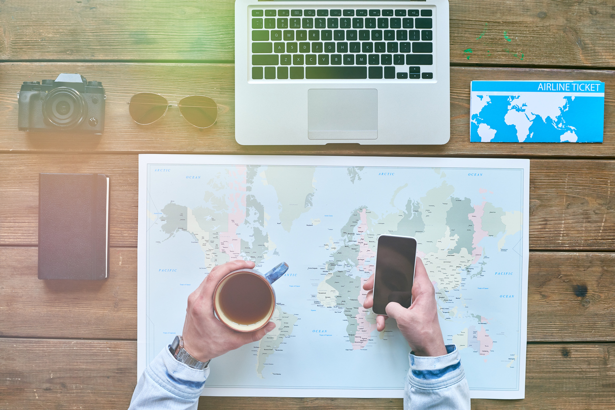 How to find the best online travel deals
