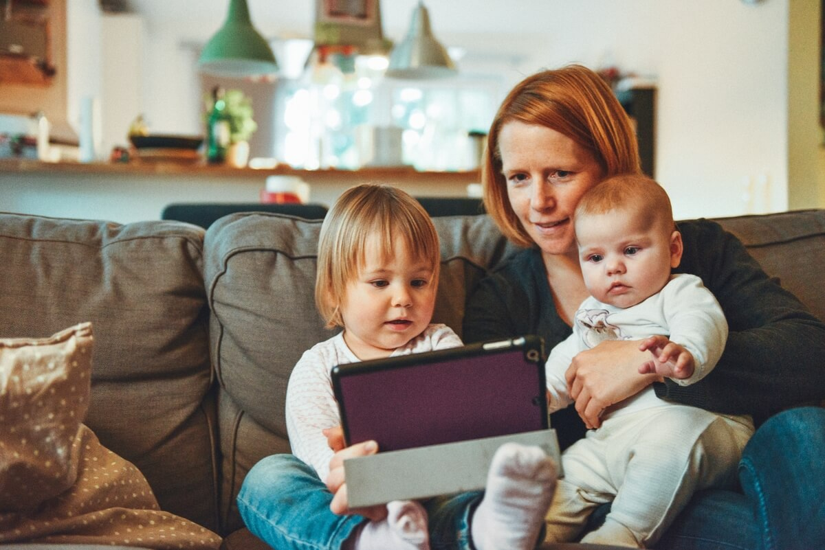 The Sittr app connects you with babysitters.
