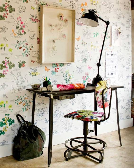 Pretty floral print adds soft and feminine touch to any room