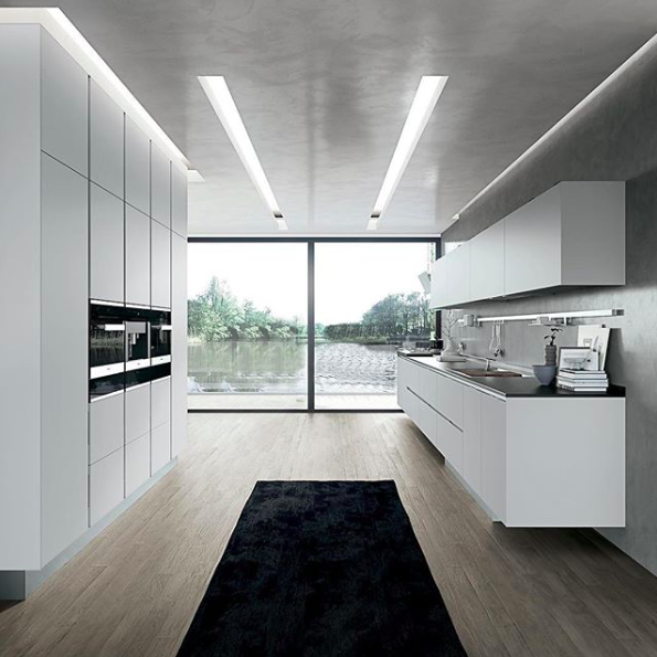 Pure, white kitchen