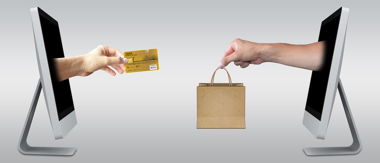 It's easy to overspend while shopping online.