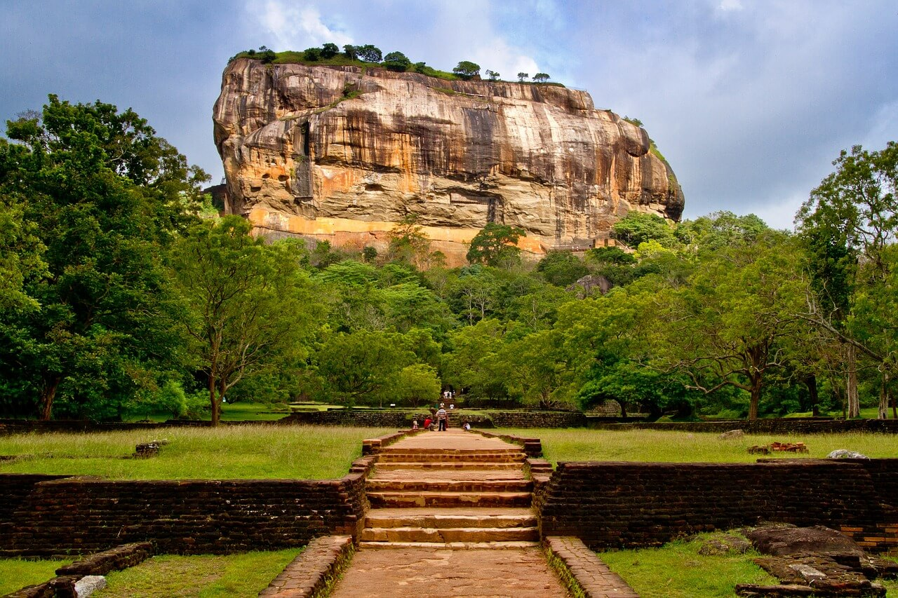 Climb the Sigiriya rock plateau.