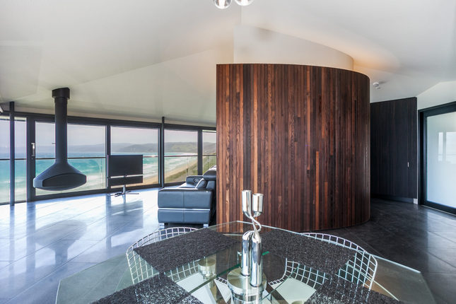 The Pole House features stunning architecture and design.