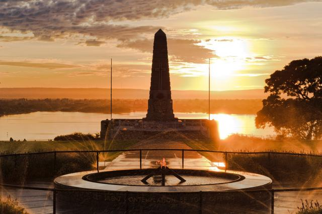 Anzac Day sunrise and sunset services