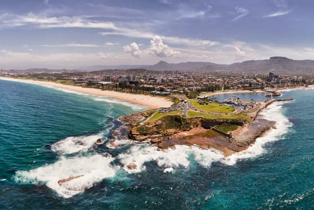 Wollongong - Framed by beautiful beaches