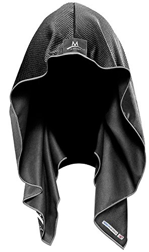 The cooling hoodie cools instantly when wet.