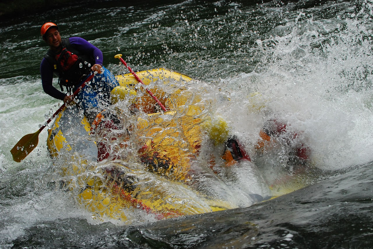 Many adventurers love white water rafting on the magnificent Franklin River.